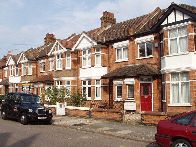 semi-detached_houses_messaline_avenue_acton_-_geograph-org-uk_-_240889